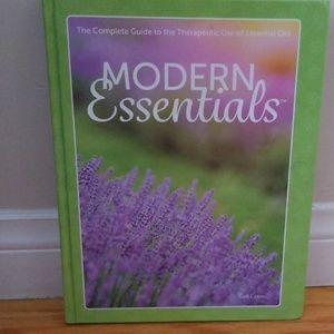 Modern Essentials, Essential Oil Book